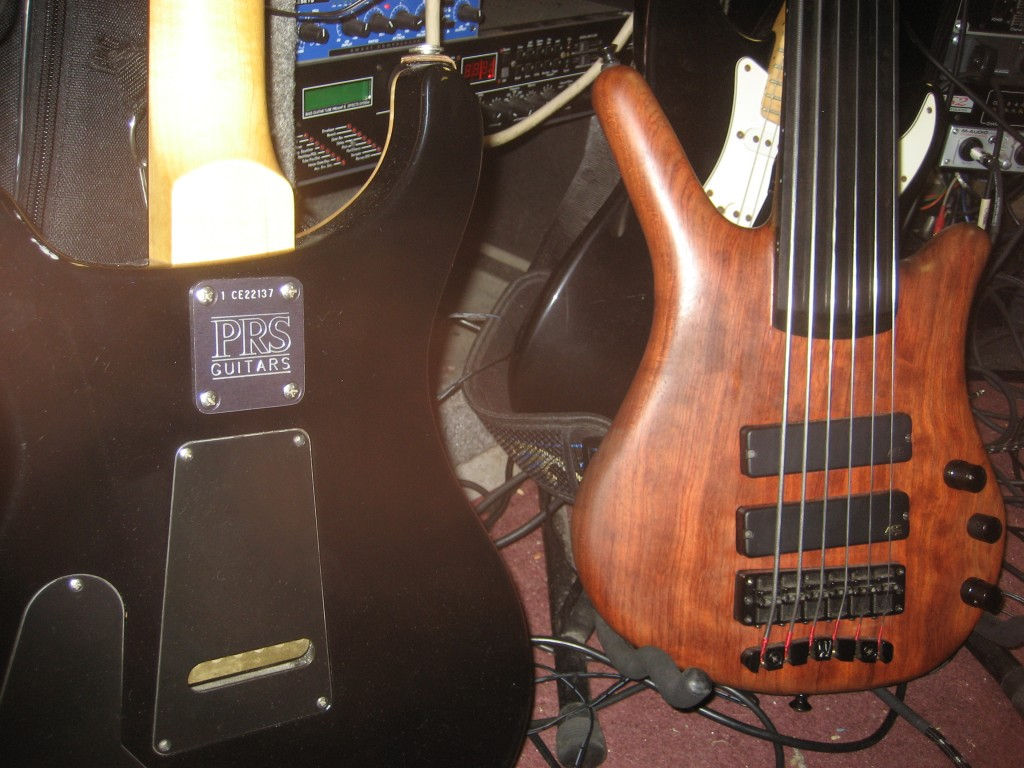 Fretless and PRS